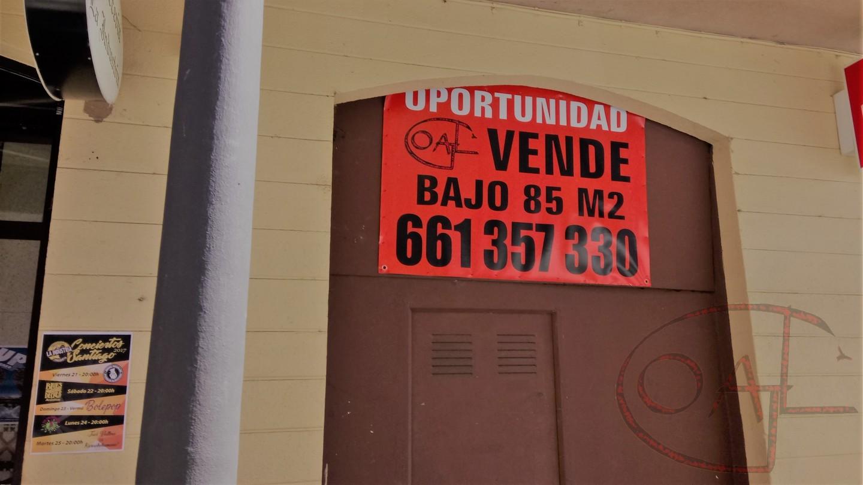 OPORTUNIDAD: 19.000€ – LOCAL COMERCIAL  EN BRUTO AL LADO DEL AYUNTAMIENTO DE SAMA DE LANGREO